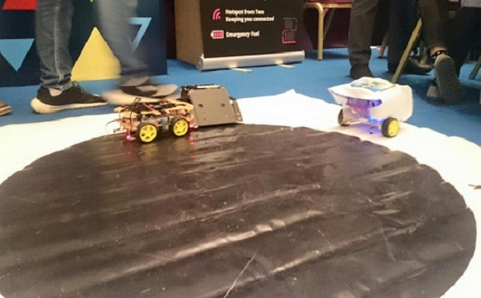 Robots and races at ArabNet maker day