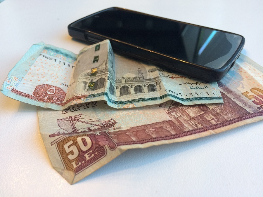 Egypt loosens rules on mobile money