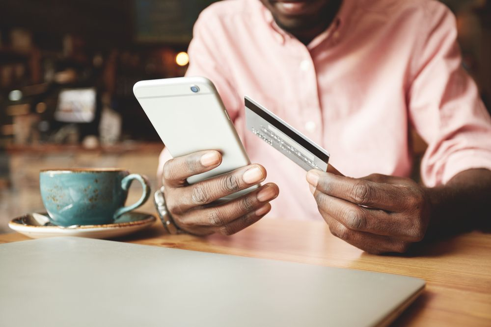 Are people paying online in the UAE?