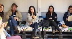 Des artistes montent des businesses lors de Disrupt!/Media! Tunis