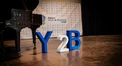 منتدى الأعمال في الجزائر يحثّ الشباب على الريادة