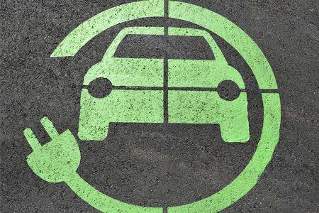 أسباب انتشار السيارات الكهربائية في شوارع الأردن [مقابلة]