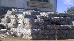 هكذا تعمل رائدة أعمال جزائرية على إعادة تدوير البلاستيك