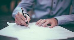 ثمانية مصطلحات عليك معرفتها قبل توقيع دفتر الشروط