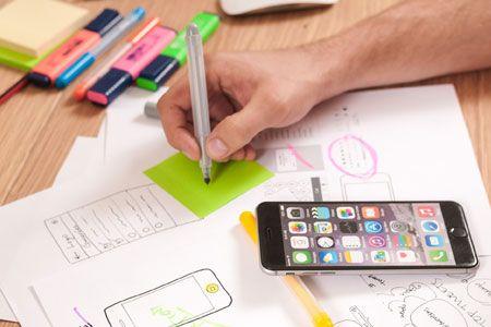 أربع نصائح لتصميم تجربة المستخدم من مدير التصميم في 'أبل'